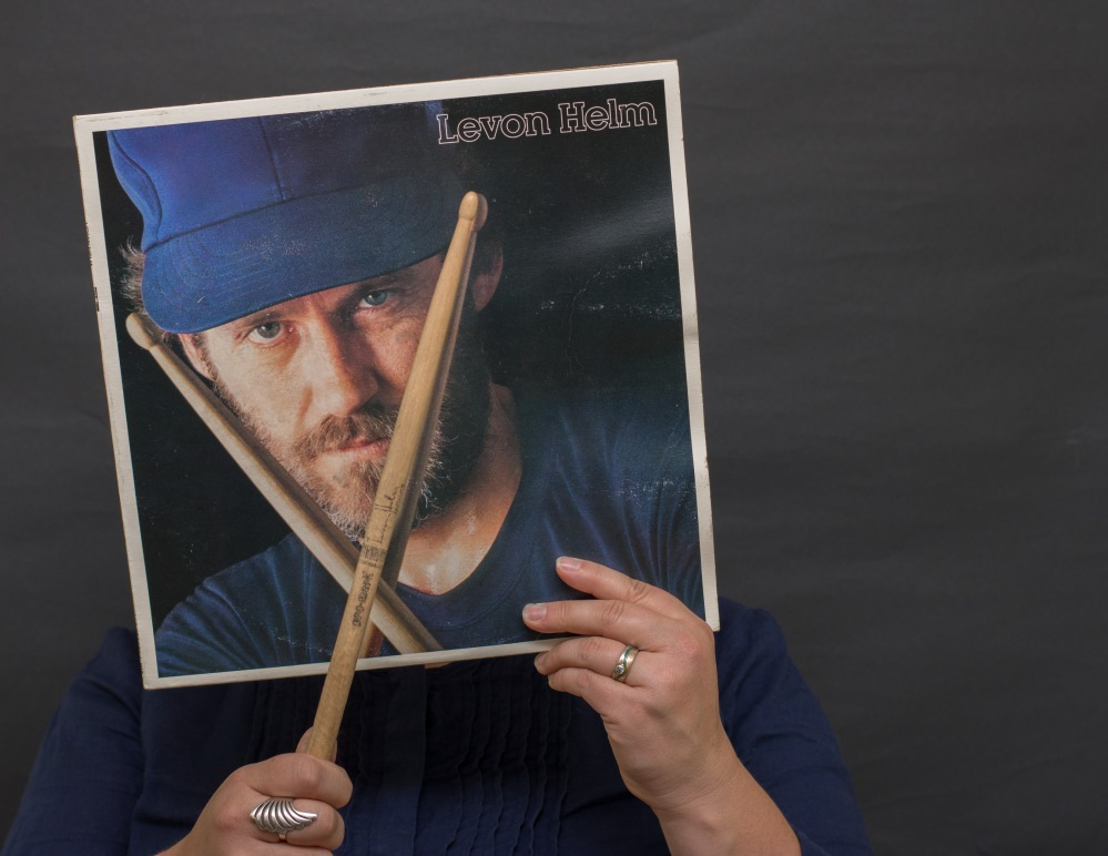 Invisible Self Portrait - the music lover